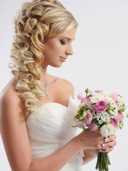 hair i come bridal upstyle