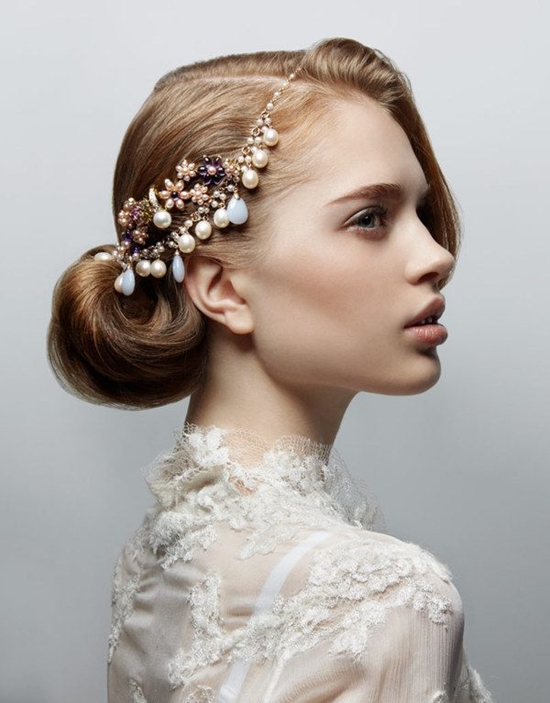 bridal bun hairstyle trends